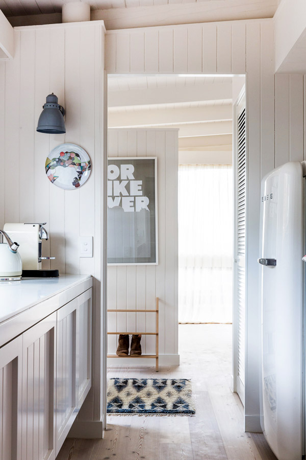 Simone and Rhys Haag The Design Files Australias most  : Simone kitchenfridge from thedesignfiles.net size 600 x 900 jpeg 122kB